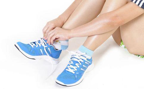 孕妇如何挑鞋 孕妇如何选购鞋子 孕妇挑鞋的误区