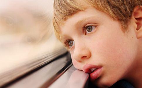 自闭症的表现是什么 自闭症的原因是什么 怎么预防自闭症