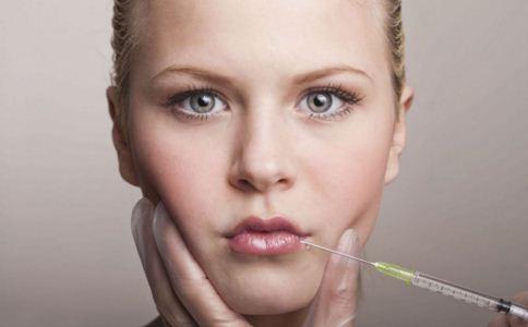注射丰唇要注意什么 注射丰唇的方法是什么 注射丰唇有哪些材料