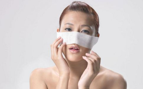 隆鼻手术后多久可以化妆 隆鼻后多久能消肿 隆鼻后能洗脸吗