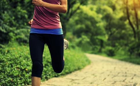 跑步一个月都没瘦是怎么回事 怎么跑步可以减肥 跑步减肥的方法有哪些