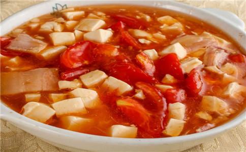 番茄煮豆腐 番茄豆腐的做法 吃番茄豆腐的好处
