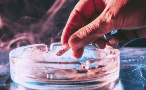 抽烟有什么危害 抽烟的危害是什么 如何戒烟