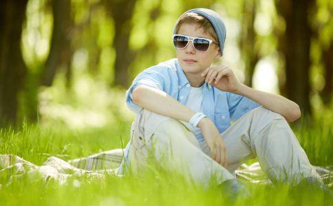 15岁男孩查出高血压 青少年高血压的原因 青少年高血压怎么治疗