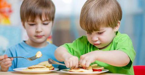 孩子吃什么食物聪明 小孩子吃什么补脑聪明 儿童吃什么补脑聪明