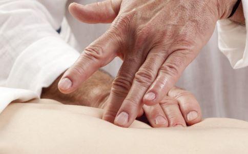 月经腰疼怎么回事 月经腰疼如何缓解 月经腰疼怎么办