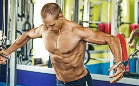 如何锻炼胸肌 锻炼胸肌有什么方法 怎么锻炼胸肌好