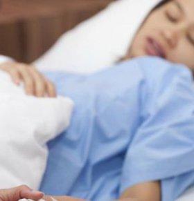 剖腹产后如何护理 剖腹产后怎么护理 剖腹产后的饮食禁忌