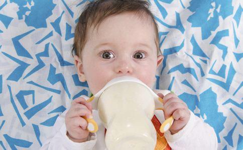 炎天宝宝可以喝凉奶吗 发起最好不要