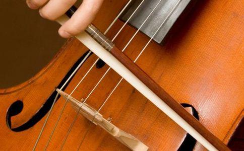 如何给孩子挑选兴趣班 孩子学音乐好吗 孩子学音乐的好处