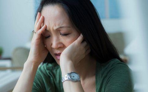 女性更年期如何保健 女性更年期如何养生 女性更年期的常见症状