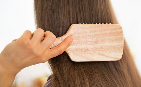 起底生发神药 导致脱发的原因 如何预防脱发