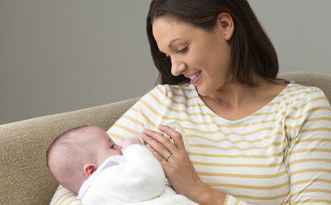 宝宝如何转奶 宝宝转奶注意什么 宝宝转奶的方法