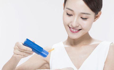 夏天防晒怎么做好 防晒方法有哪些 女人夏季该怎么防晒