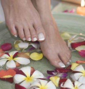 女性痛经能痛到什么程度 女性痛经怎么办 泡脚能缓解痛经吗