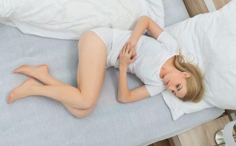 女性生气有哪些危害 女性生气会引发哪些疾病 女性生气伤害子宫吗