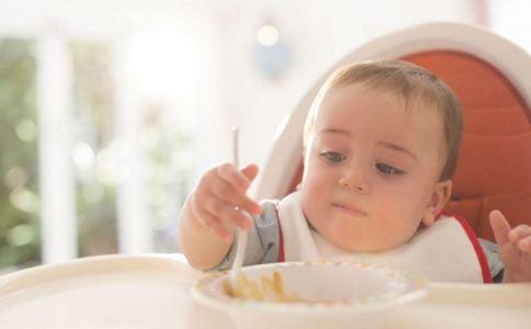 宝宝缺钙是什么原因 宝宝缺钙怎么办 宝宝如何补钙