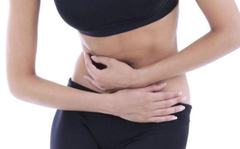 小腹坠胀是怎么回事 小腹坠胀如何缓解 女人小腹坠胀怎么办