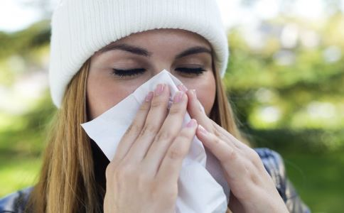 鼻囊肿有哪些症状 鼻囊肿如何诊断 鼻囊肿有哪些危害