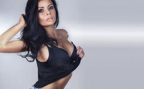 女人丰胸的误区有哪些 女人丰胸方法有哪些 女人该怎么丰胸