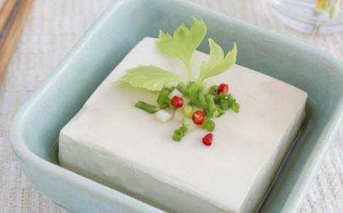 男人竟吃豆腐好吗 吃豆腐有什么危害 怎么吃豆腐健康