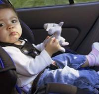 宝宝不坐安全座椅 4个小技能请收好
