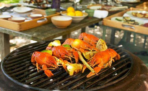 德国发小龙虾开吃令 德国小龙虾泛滥 小龙虾有什么营养