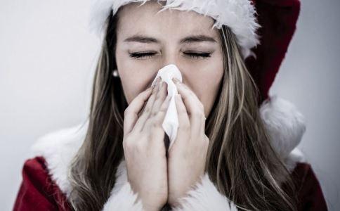 女性体寒有哪些症状 女性体寒的症状怎么调理 女性体寒的原因是什么