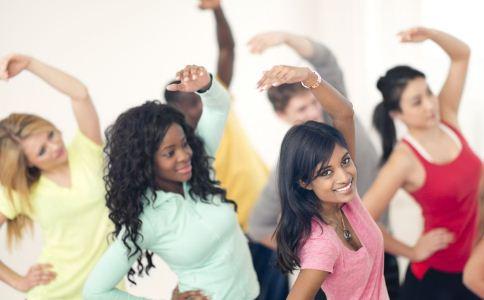 青春期少女怎样保养乳房 哪些方法可以保健乳房 丰胸方法有哪些