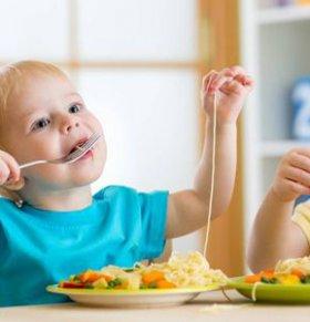 宝宝不好好吃饭怎么办 如何科学育儿 科学育儿的方法