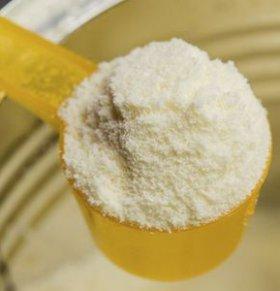 宝宝转奶的正确方法 如何给宝宝转奶粉 转奶粉的方法