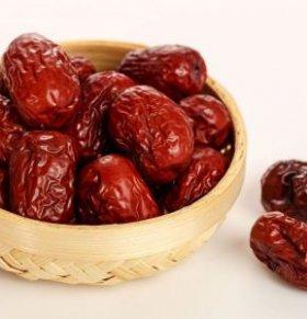 吃红枣的注意事项 怎么吃红枣 哪些人不宜吃红枣