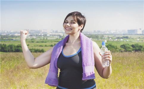 健身饮食的误区 健身吃什么好 健身的好处