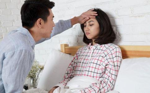 急性乳腺炎发烧了怎么办 急性乳腺炎如何退烧 急性乳腺炎是怎么引起的