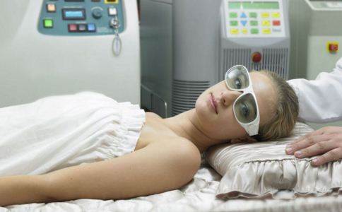 激光祛斑过后会不会留疤痕 激光祛斑后会留疤吗 激光祛斑效果如何