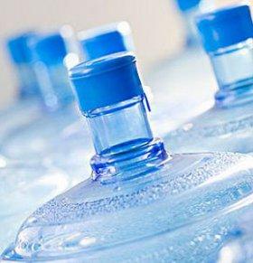 4批次桶装水不合格 桶装水不合格 桶装水抽检不合格
