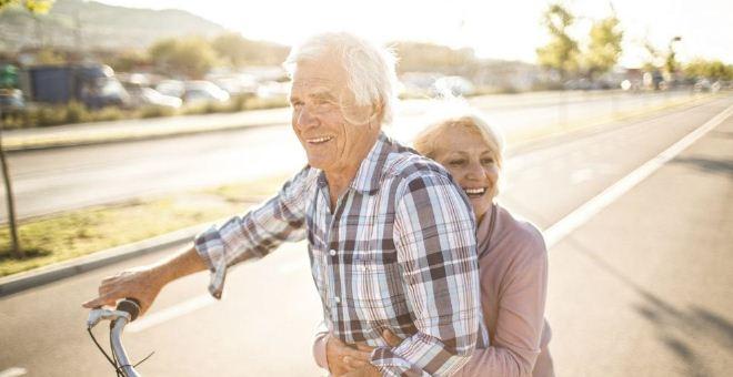 老人怎么做才能长寿 老人长寿的方法 老人吃什么能延长寿命