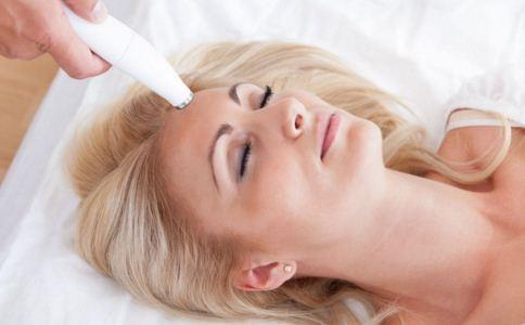 激光祛斑有哪些危害 激光祛斑疼吗 激光祛斑需要多长时间