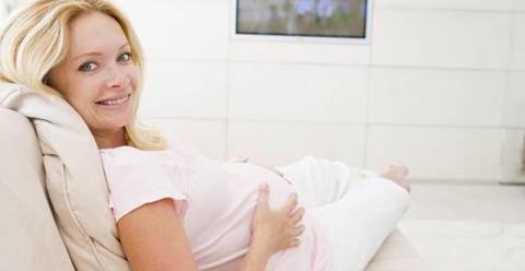 过期妊娠怎么办 过期妊娠的原因 过期妊娠的危害