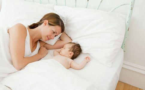 孕妇躺出脑血栓 如何坐月子 坐月子的方法