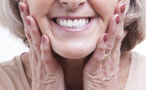 女人衰老有哪些症状 女人衰老的症状表现有哪些 女人该怎么养生