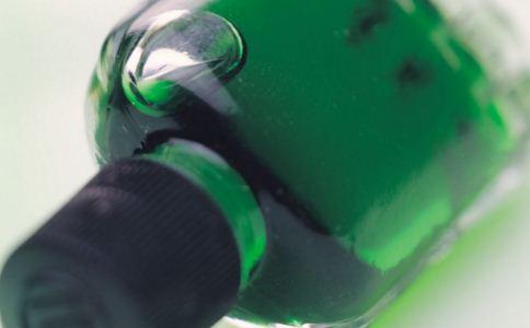 风油精是什么 风油精有什么作用 风油精有什么好处