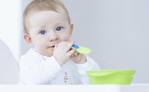 宝宝辅食添加顺序 宝宝吃什么辅食好 宝宝不长个怎么回事