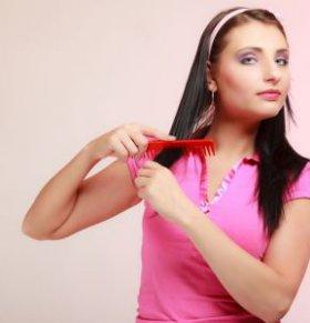 脱发是肾虚引起的吗 补肾就能治脱发吗 怎么预防脱发