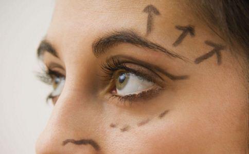 祛眼袋有哪些并发症 祛眼袋注意事项有哪些 祛眼袋能维持多久