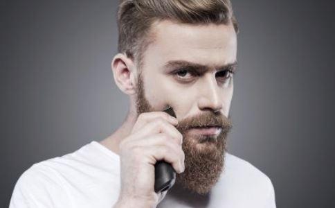 男人怎么刮胡子 刮胡子要注意什么 不刮胡子有什么危害
