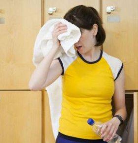 汗味腥臭怎么回事 什么原因会导致汗味腥臭 怎么从汗味辨别健康