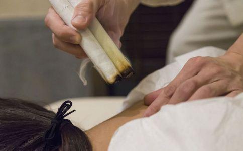 艾灸的时候有哪些禁忌 艾灸的禁忌有哪些 艾灸的注意事项