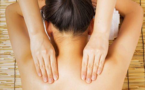 怎么保护肩膀 怎么保护肩颈 肩颈不舒服怎么护理