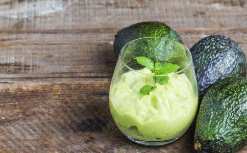牛油果怎么挑选 牛油果怎么吃健康 牛油果食谱有哪些